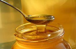 Какой мед долго или совсем не засахаривается и почему