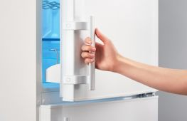 Уплотнитель в холодильнике: замена или ремонт