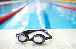 Снаряжение для плавания. Рекомендации, как правильно выбрать взрослому и ребёнку очки в бассейн