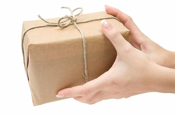 Часто при бесплатной отправке продавцы не предоставляют трек-код для отслеживания